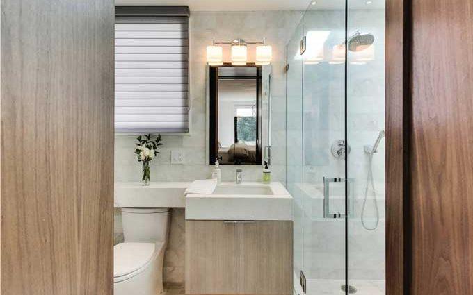 Красота доступная каждому: как правильно обставить ванную комнату