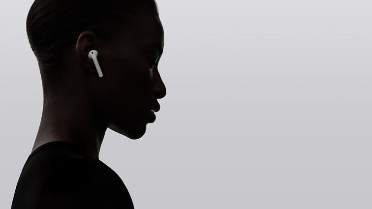 Скандал с Apple: в наушниках Airpods нашли серьезный скрытый дефект