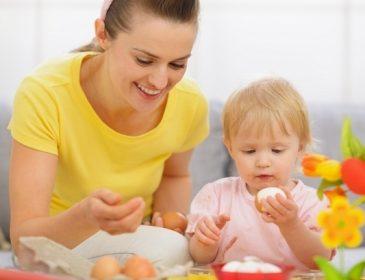 Украинцы экономят на яйцах