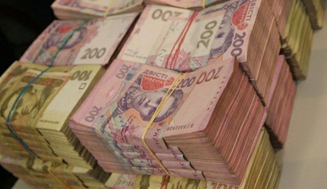 «Вывели в офшоры 53 млн долларов»: руководство одного из банков подозревают в крупных коррупционных аферах