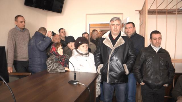 В рабство на 10 лет: на Тернопольщине провернули крупную аферу с массовой подделкой подписей