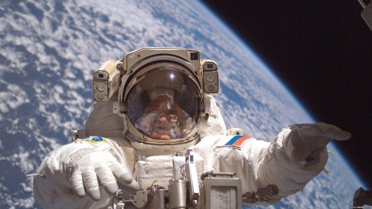 Российским космонавтам не в чем выйти в космос