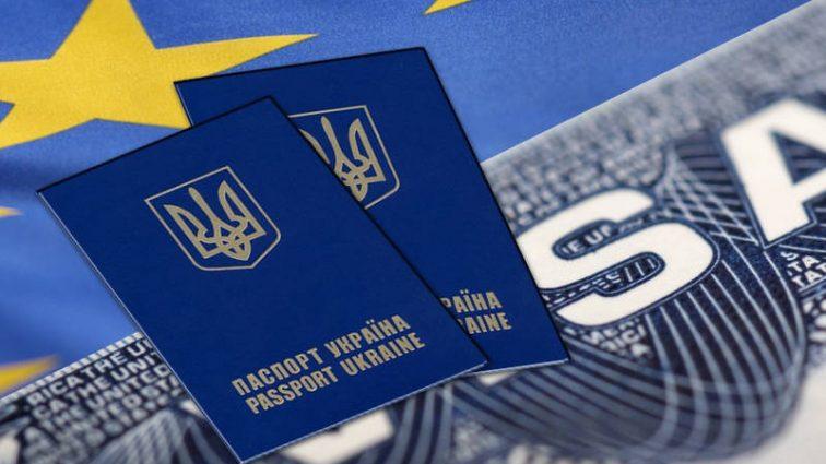 На чемоданах: В какие страны украинцы чаще всего уезжают на ПМЖ