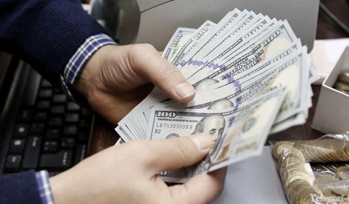 Аналитики спрогнозировали курс доллара на 2017 год