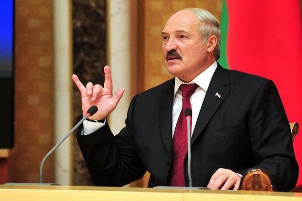 «Нет декрету номер три! Лукашенко, уходи!»: В Беларуси — массовые протесты против «налога на тунеядство»