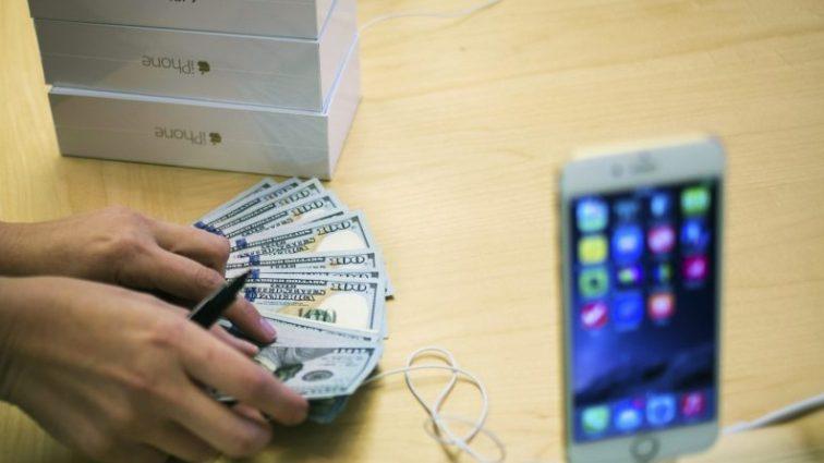 Вы упадете со стула! Стало известно сколько будет стоить новый iPhone!