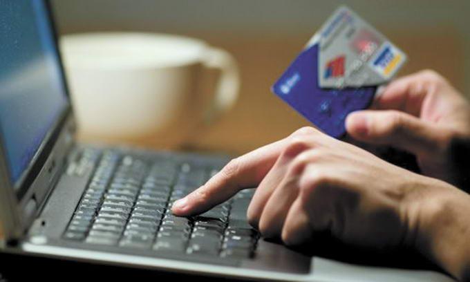 В НБУ назвали банки, на чьих клиентов чаще всего охотятся мошенники