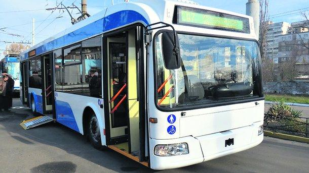 На улицы выведут новые троллейбусы: оплата онлайн и униформа