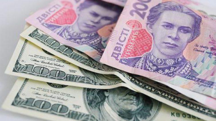 Чтобы деньги не утекали: топ-10 способов платить за воду в Украине меньше