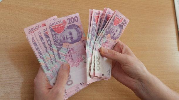 В Украине растут долги по зарплатам