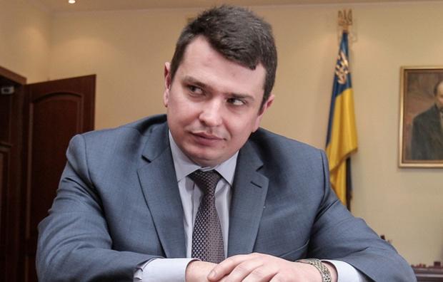 37-летнему Ситнику в феврале доплатили за выслугу лет 30 тыс. грн