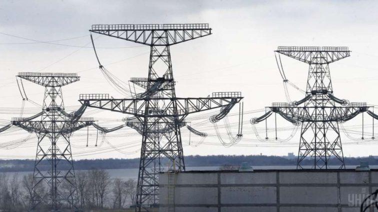 Скачок тарифов на электричество: как Ахметов получает сверхприбыли