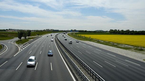 В Украине хотят построить новую скоростную трассу