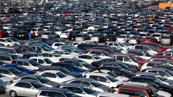 Автомобили в Украине шокировали своим возрастом