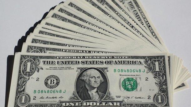 В Украине замер официальный курс доллара