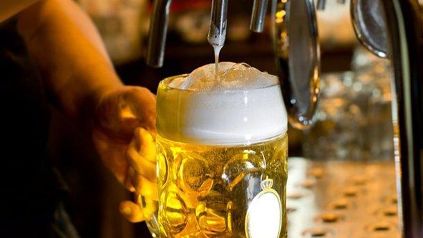 Исследование: литр пива снимает боль лучше, чем парацетамол
