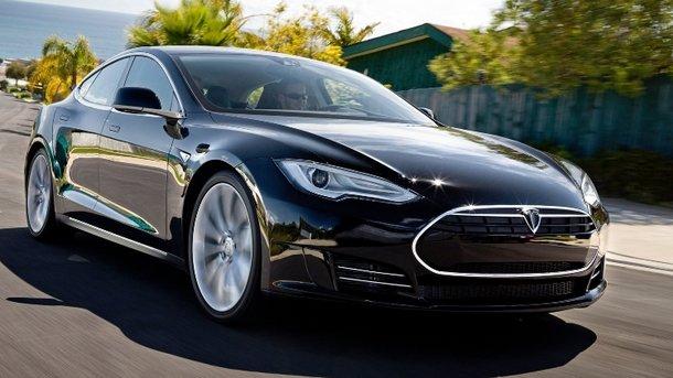 Популярность электромобилей в Украине достигла новых высот