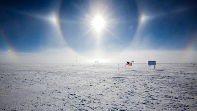 Ученые показали вечное солнце горизонтом Антарктиды