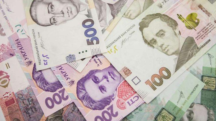 Откуда украинские заробитчаны шлют деньги на родину (инфографика)