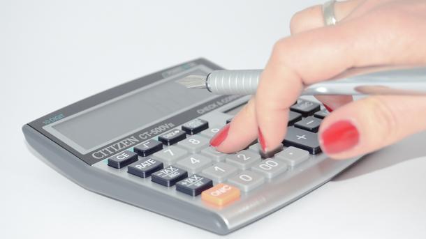 Украинцам придется заплатить налог на недвижимость: кому ждать квитанцию и сколько придется отдать