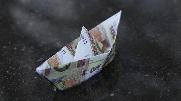 Кабмин привязал выплаты бюджетникам к прожиточному минимуму