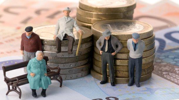 Пенсионная реформа в Украине не должна привести к обнищанию пенсионеров – Мингарелли