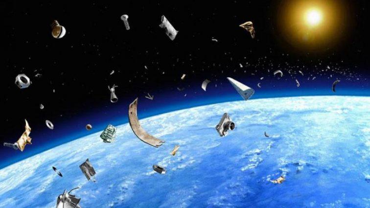 Россия захламила околоземную орбиту