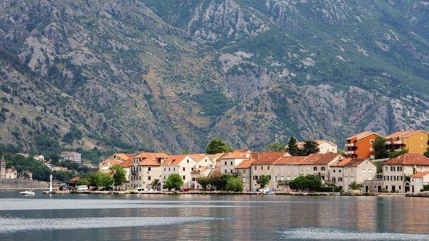 Для украинцев могут подешеветь туры в Черногорию