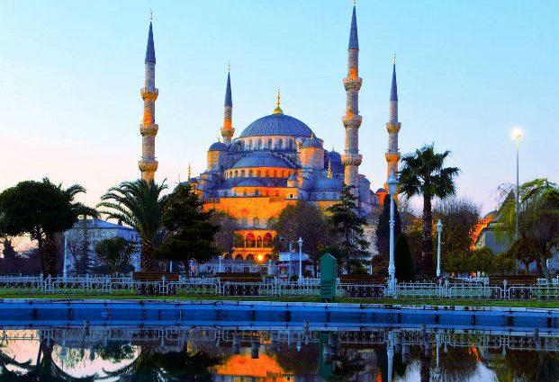 Турция отменила визовый режим для Украины