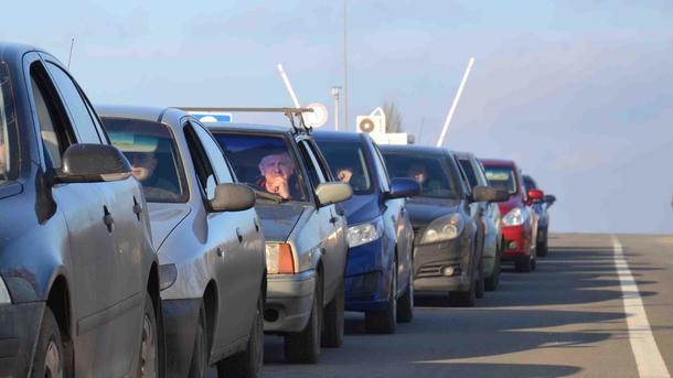 Украинцы смогут выехать в ЕС на авто: какие документы понадобятся после введения безвиза