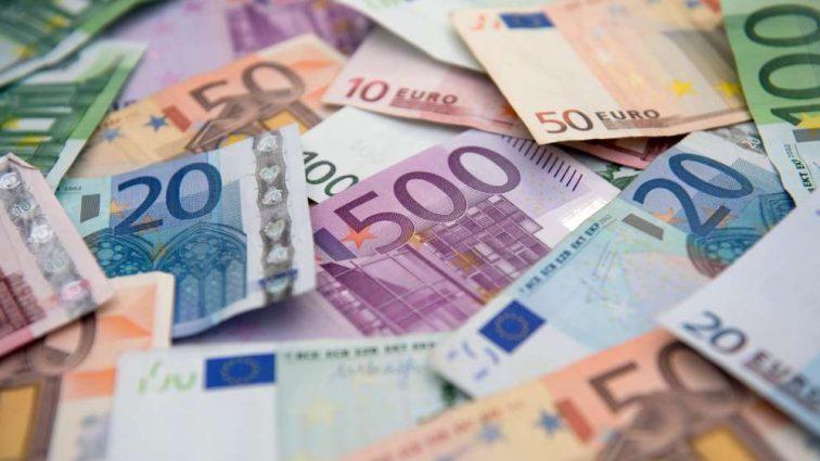 Украинский облегчили инвестиции за рубежом: какие шансы и риски?