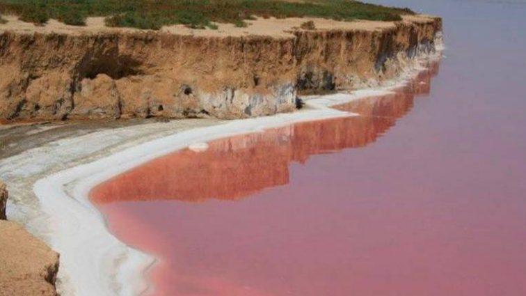 А вы знали? В Украине есть Красное море с целебной водой