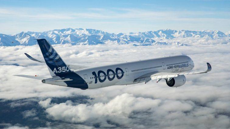 Airbus показал обновленную версию крупнейшего пассажирского авиалайнера A380