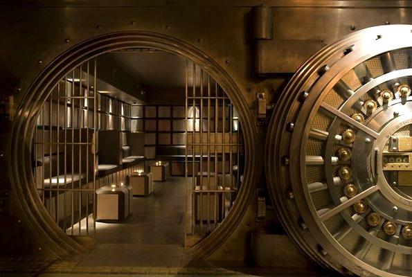 Эксперт рассказал, что будет способствовать повышению доверия к банкам