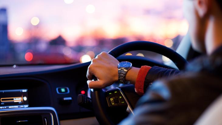 Новые правила парковки: Как не попасть на штрафплощадку и получить скидку на штраф