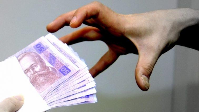 В Украине вырос средний размер взятки