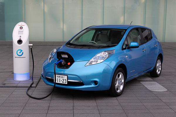 Электрокары: сколько куплено и кто лидер рынка в Украине