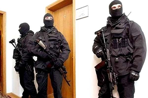 Луценко запретил проведение обысков в крупных налогоплательщиков: Маски-шоу по национальному