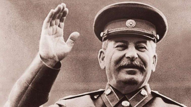 Скандальную «подругу» Януковича отправили к Сталину