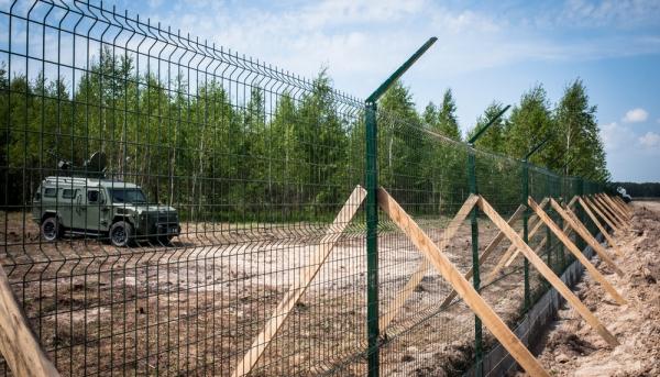 «Стена Яценюка» обошлась в баснословную сумму: появились цифры