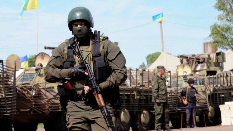 Кому достались миллиарды из оборонного бюджета Украины