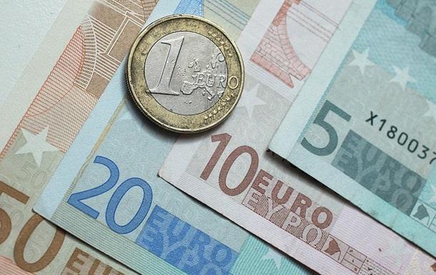 Эксперт объяснил, почему дорожает евро