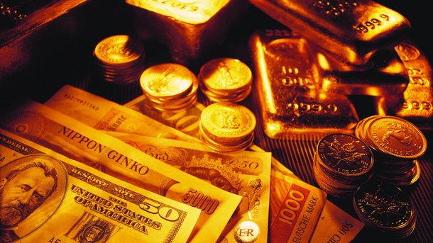 Украина стала активно накапливать валюту в резервах НБУ