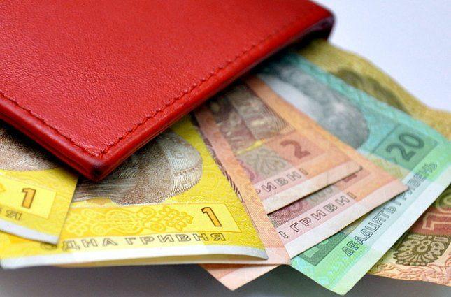 В Украине средняя зарплата выросла за год на 37%