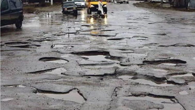 Украинская заставят платить за ровные дороги