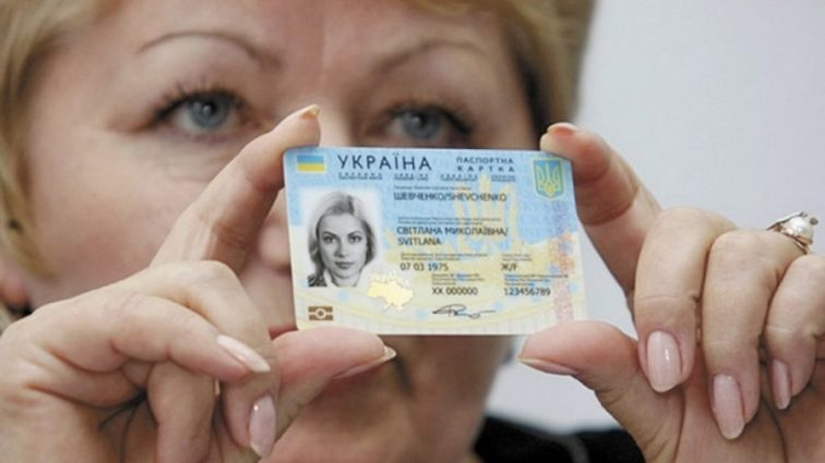 Очереди по биометрическим паспортом: когда утихнет ажиотаж