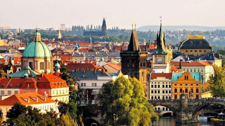 В Чехии придумали, как будут привлекать на работу украинцев