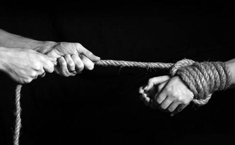 С начала года 156 украинцев пострадали от торговли людьми