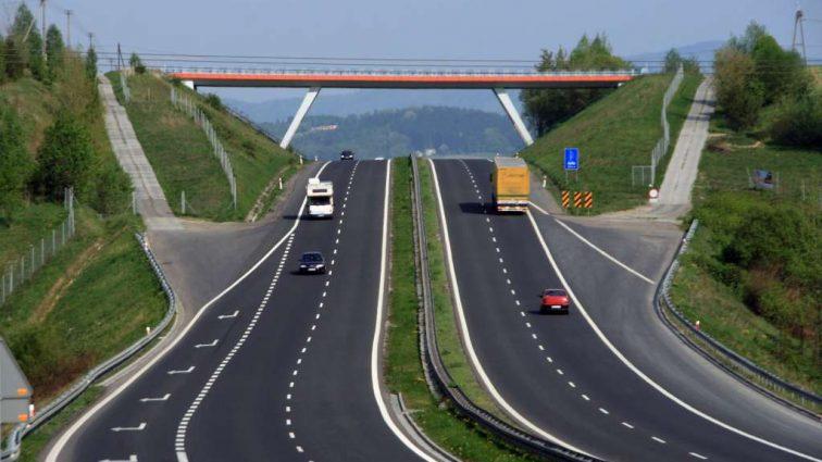Сеть платных дорог в Украине: новая информация