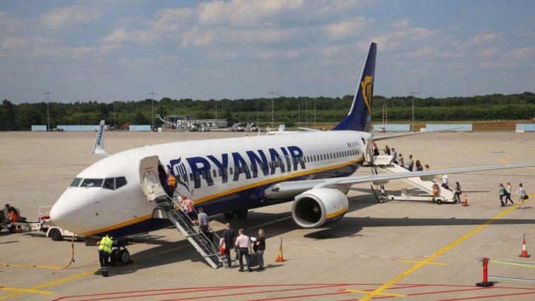 Лоукостер Ryanair предупредил конкурентов о резком снижении тарифов